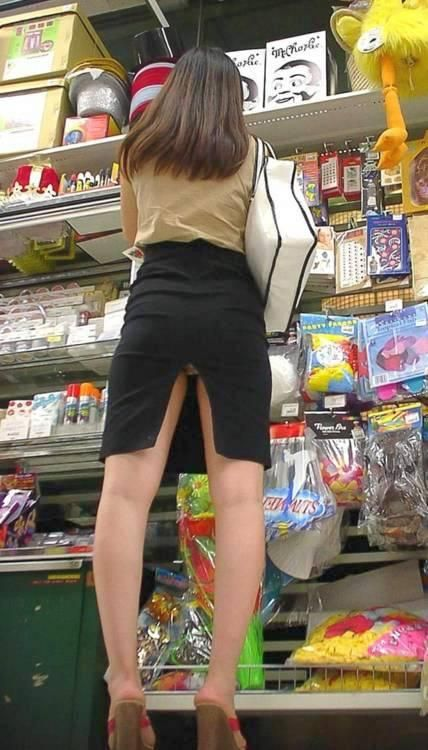 Upskirt collections shopping