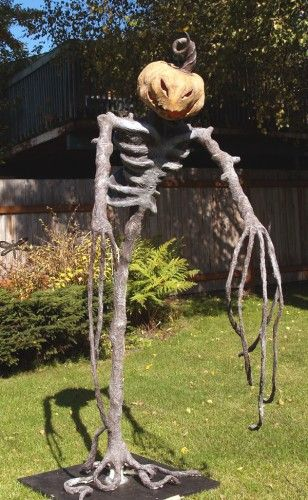 so I need to make some really scary Halloween decorations paper - scary halloween props