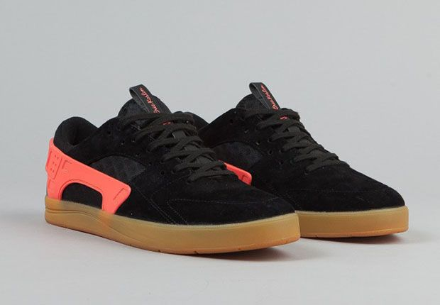 Black · Nike-SB-Eric-Koston-Huarache-Black-Hot-Lava-