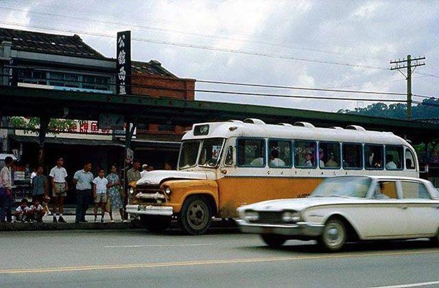 【周三專欄】米果:公車票亭……曾經的路旁魔法屋 - 獨立評論@天下 - 天下雜誌