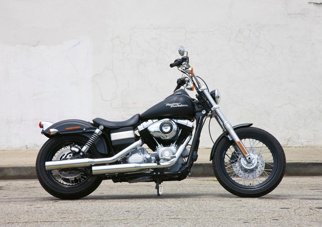 Harley Davidson FXDB Dyna Street Bob, foto rueda delantera moto