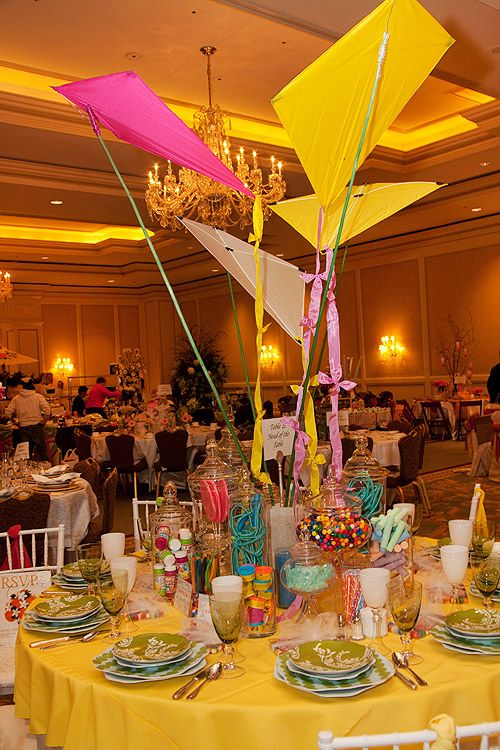 Beautiful Kids Kite Themed Table And Centerpiece Kids Table Wedding Wedding With Kids
