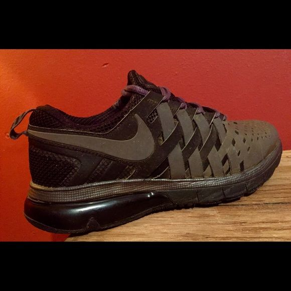 Women's Nike Air Max Shoes! Size 8.5 Women's Nike Air Max Shoes! Size 8.5