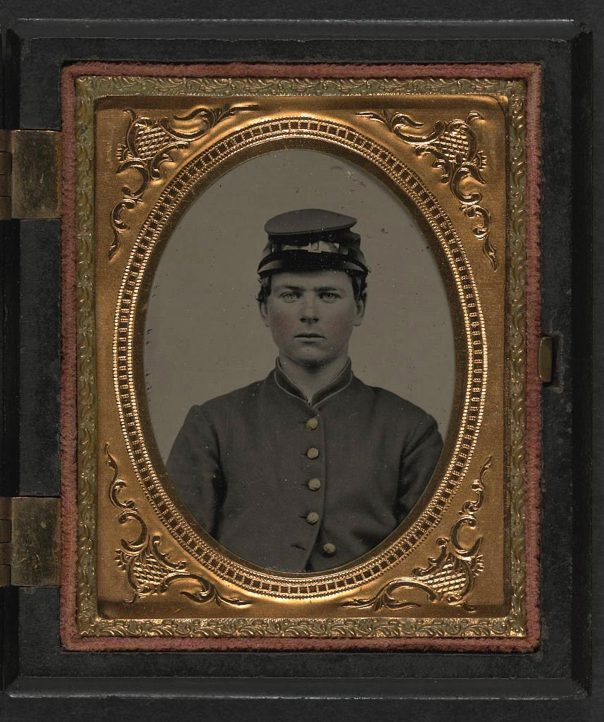 (c. 1861-1865) Soldier in Union uniform and forage cap