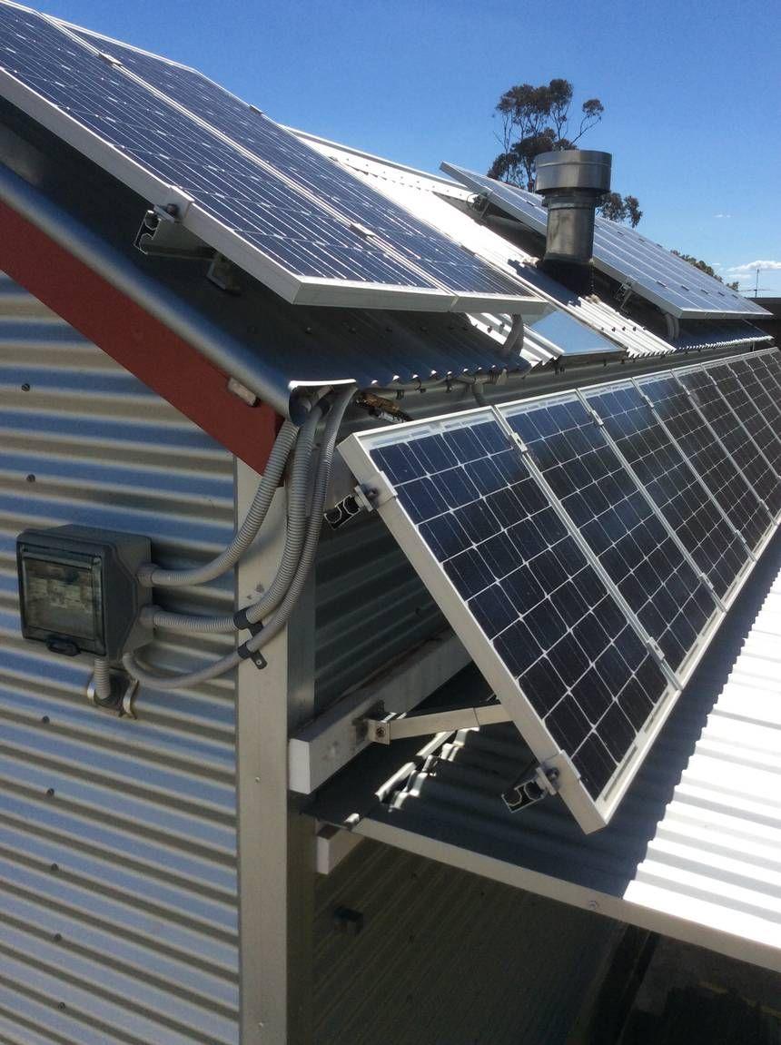 Fred S Tiny Houses Win Big Sustainability Award Solar Panels Best Solar Panels Solar Roof Shingles