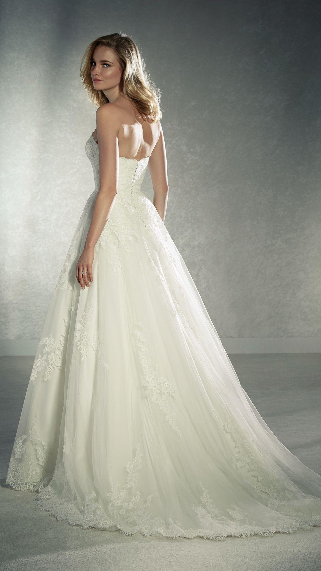 Hochzeitskleider 20 White One Kollektion Modell: FABIELA-C
