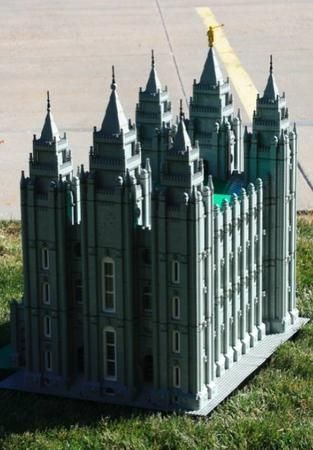 Yes, there are Salt Lake Temple legos.