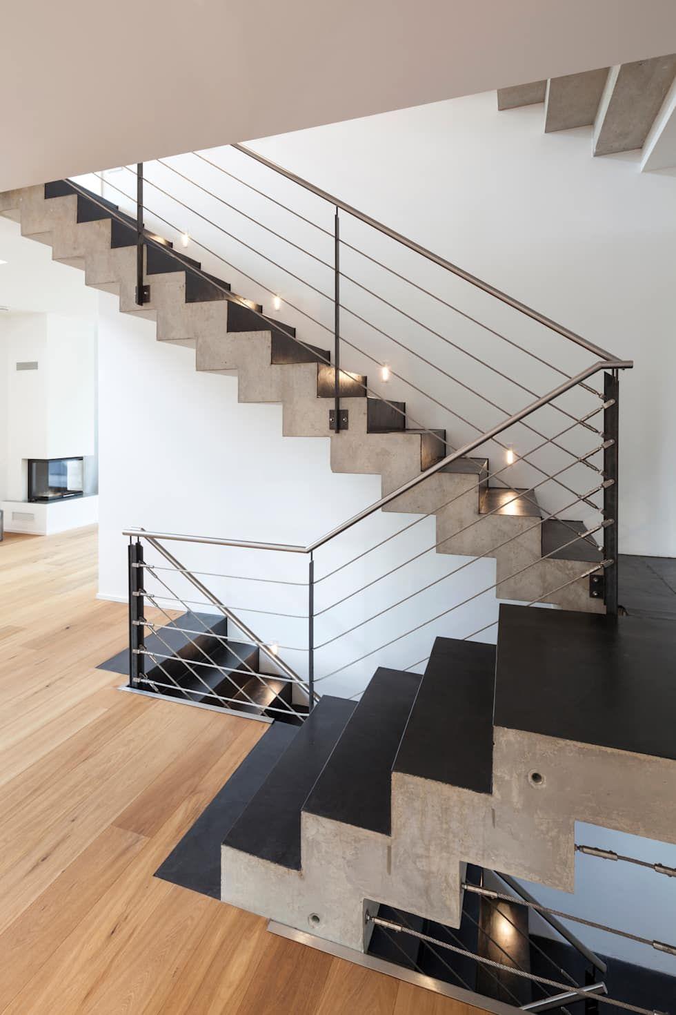 beton cir auf treppe moderner flur diele treppenhaus. Black Bedroom Furniture Sets. Home Design Ideas