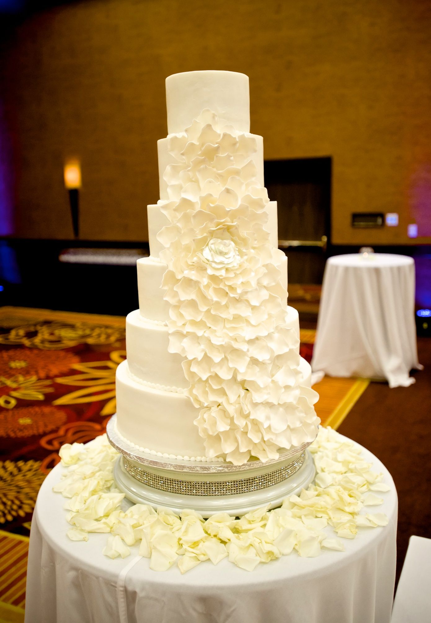 6 tiered flower cake | Social Butterfly: Cakes | Pinterest | Wedding ...