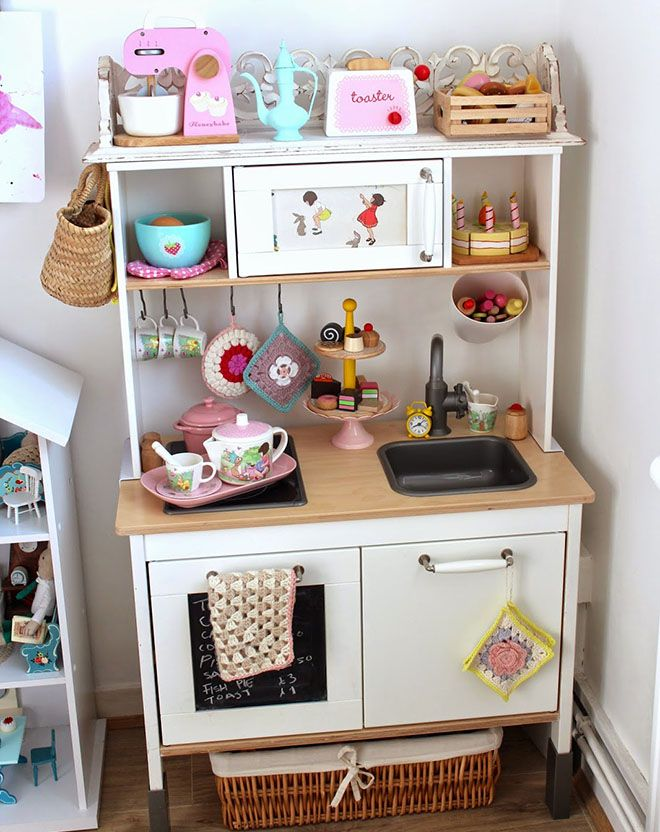 the best ikea kids kitchen hacks baby pinterest kinderspielk che ikea kinderk che und. Black Bedroom Furniture Sets. Home Design Ideas