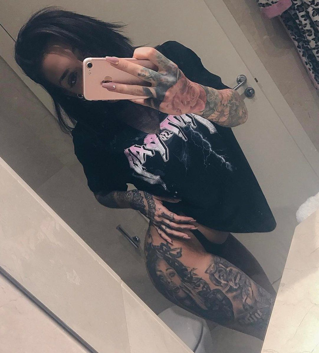 Paula Gonzalez Paula Gh15 Twitter Tatuajes Pierna Instagram Piernas