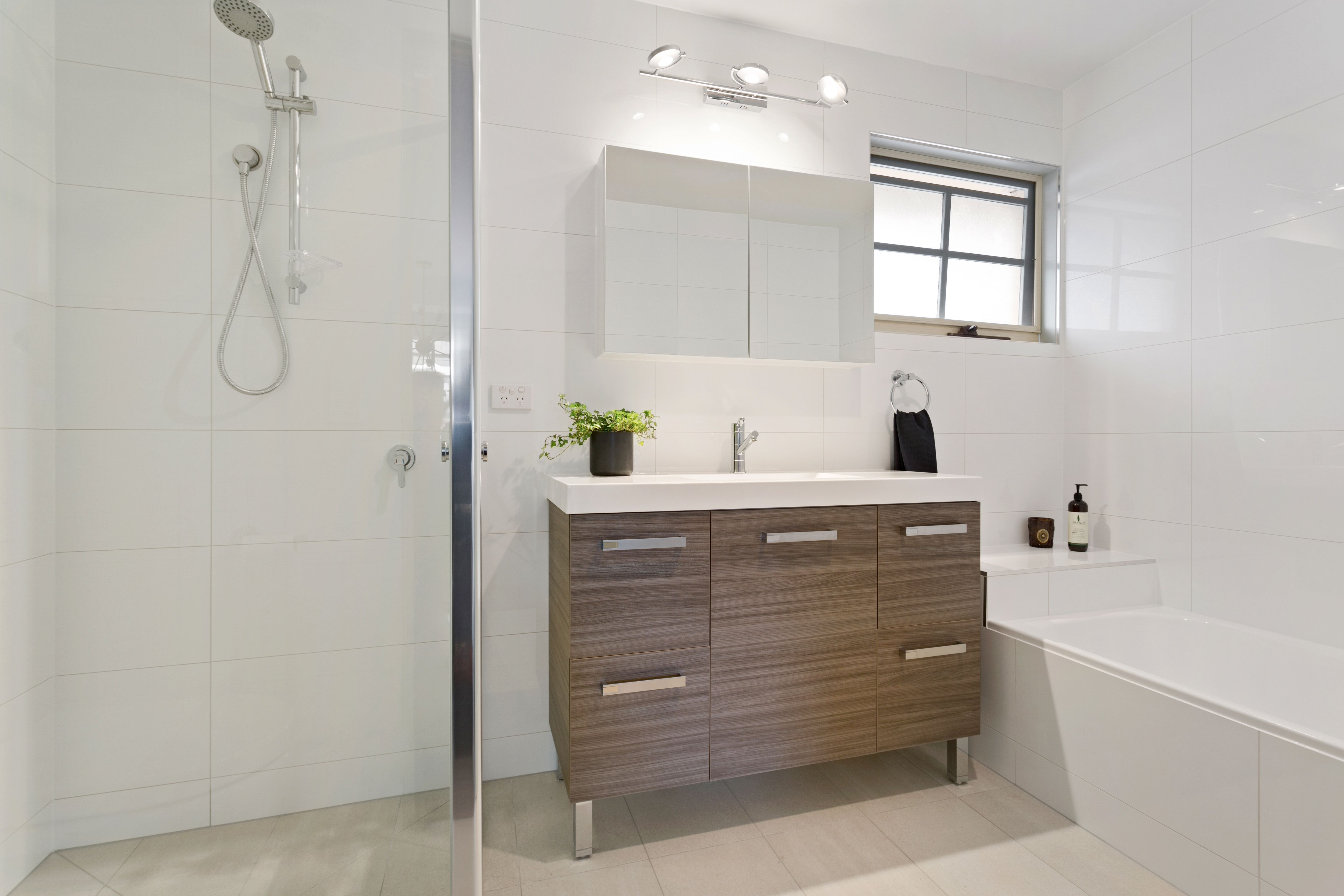 Bathroom Renovation By Urban Sensations #Bathroom #White #Neutral #Wood
