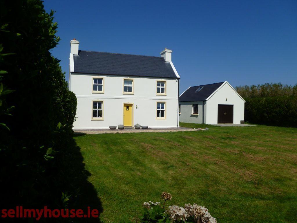 irish farmhouse garage google search urba individuel pinterest. Black Bedroom Furniture Sets. Home Design Ideas