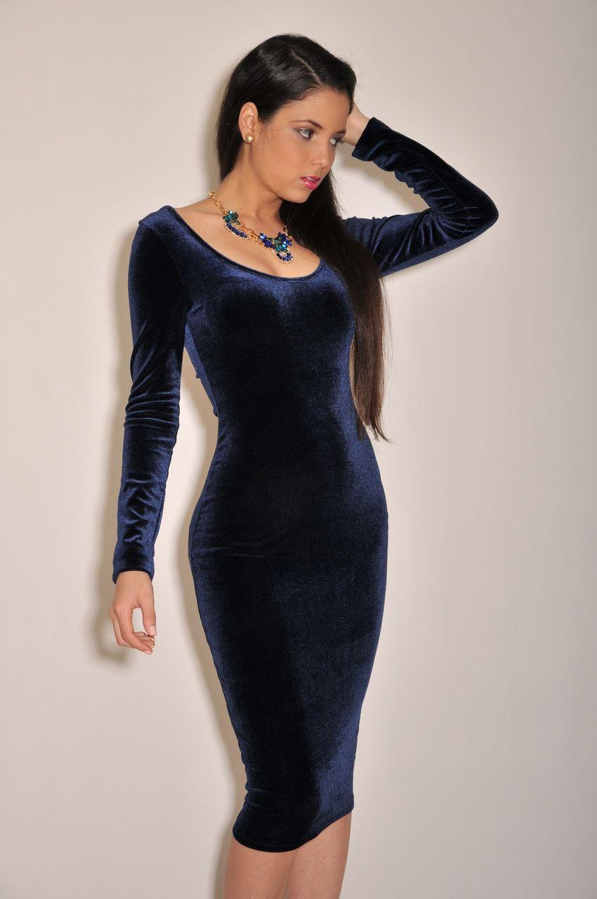 Chic Couture Online - Navy-Blue Velvet Midi Dress, $50.00 (http://www.chiccoutureonline.com/navy-blue-velvet-midi-dress/)