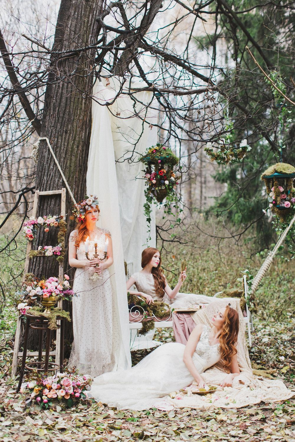 Wedding in autumn - a fairy tale in yellow-purple tones 49