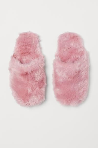 3c40f9bfb667 Faux Fur Slippers - Light pink - Ladies