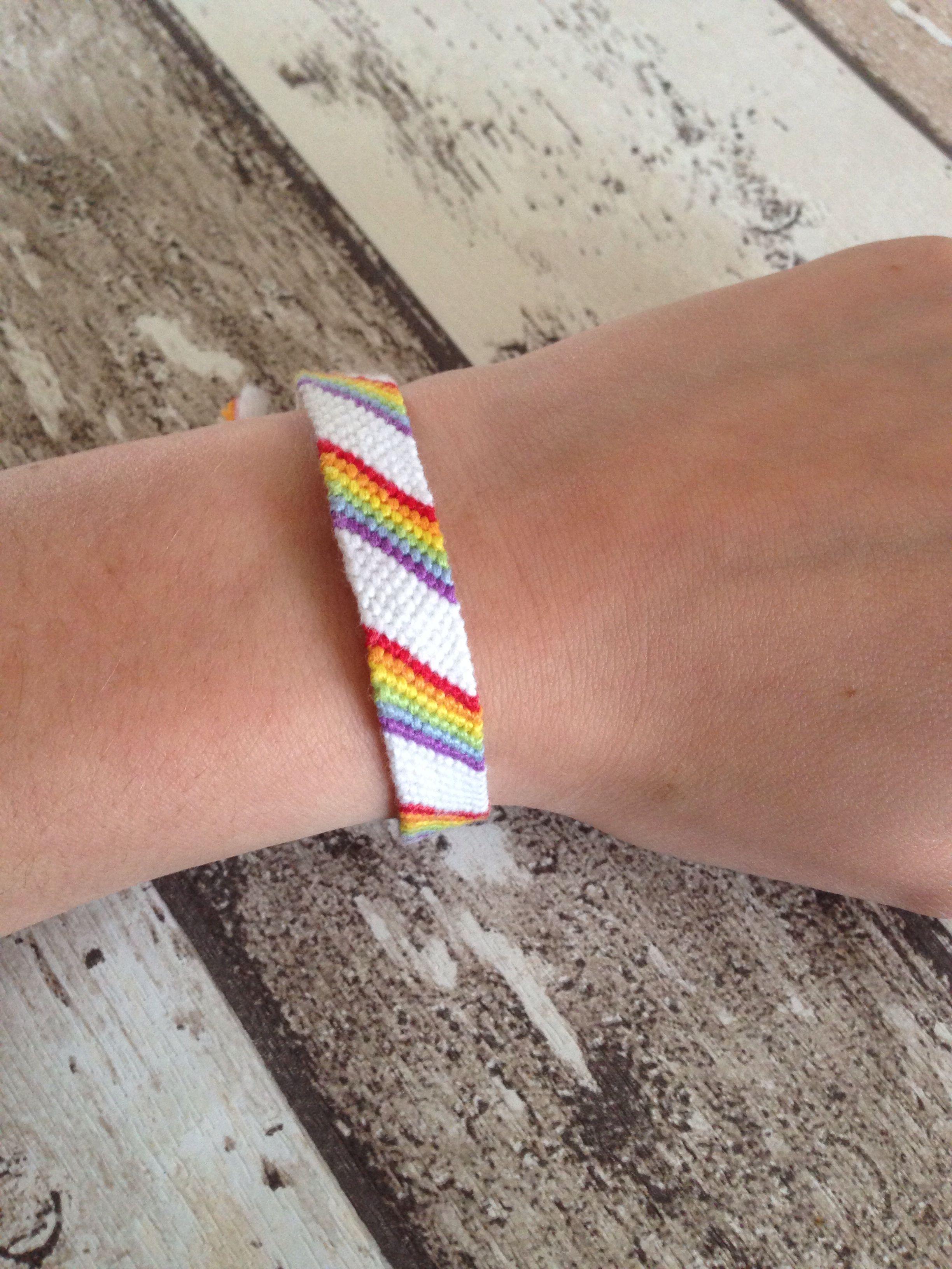 Friendship Bracelet , Rainbow Candy Stripe #easyfriendshipbraceletpatterns Frien…