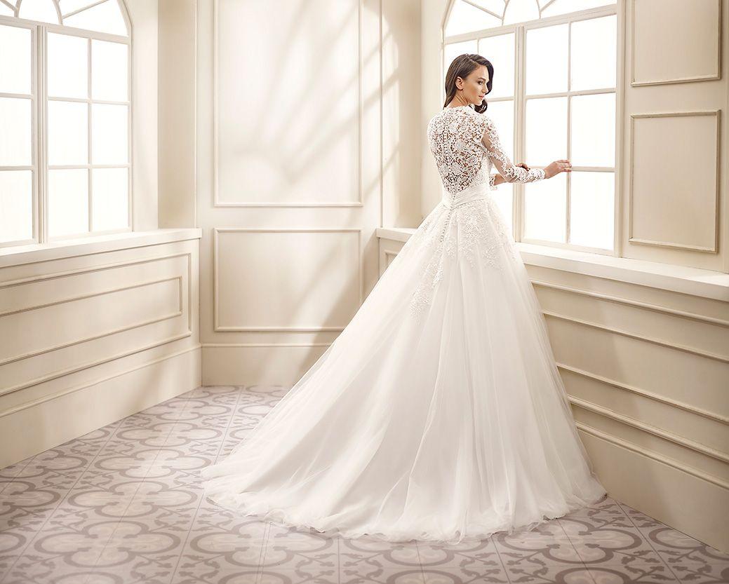 Ivory Ball Gown Wedding Dress: Wedding Dress EK1072 In 2019