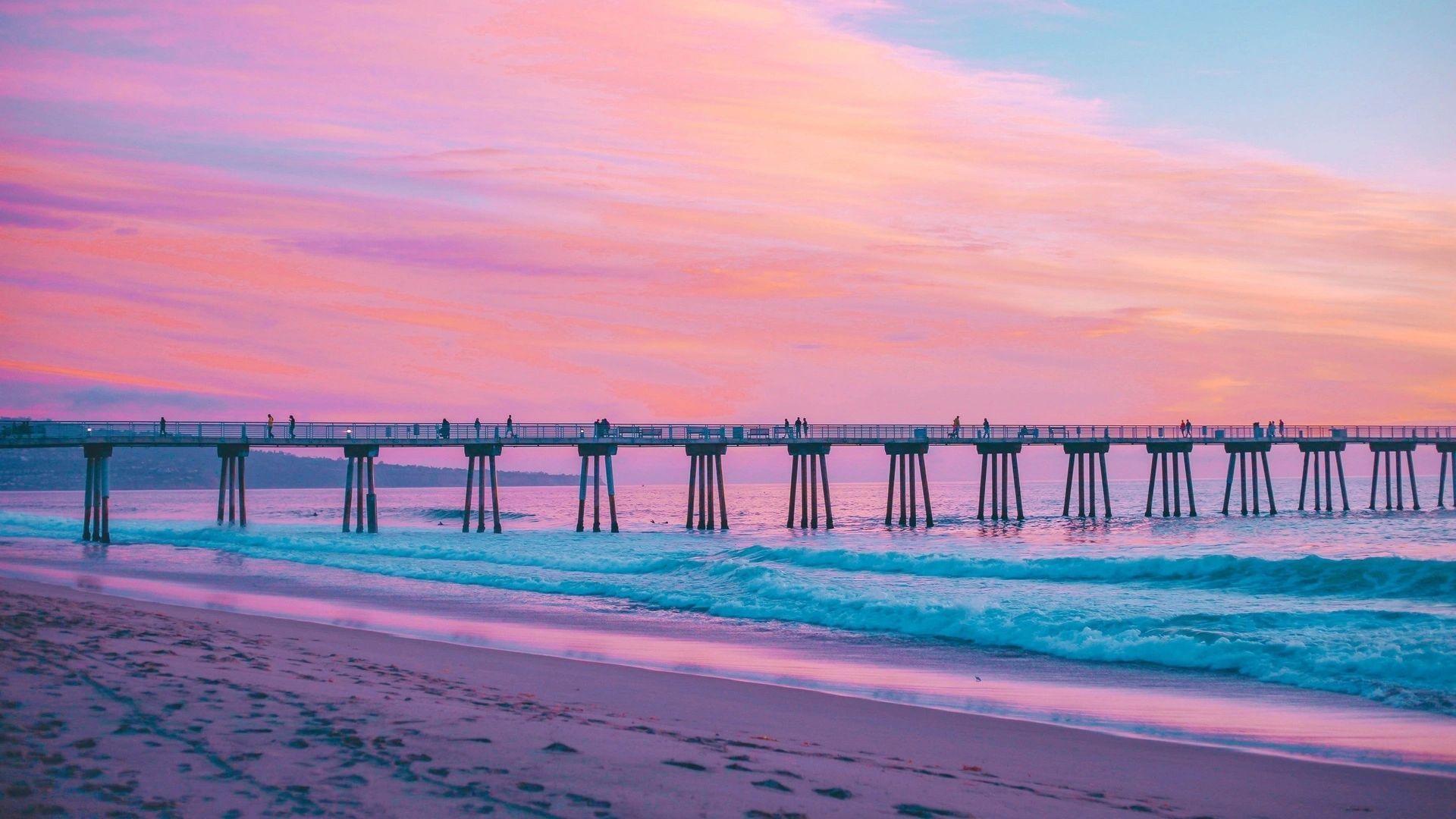 Pin By Julie Tremmel On Unbelievable Views In 2020 Beach Wallpaper Hermosa Beach Pier Hermosa Beach