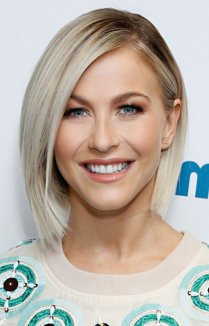 Coiffure Pour Cheveux Fins Jolie Femme Blonde Avec Un Carré