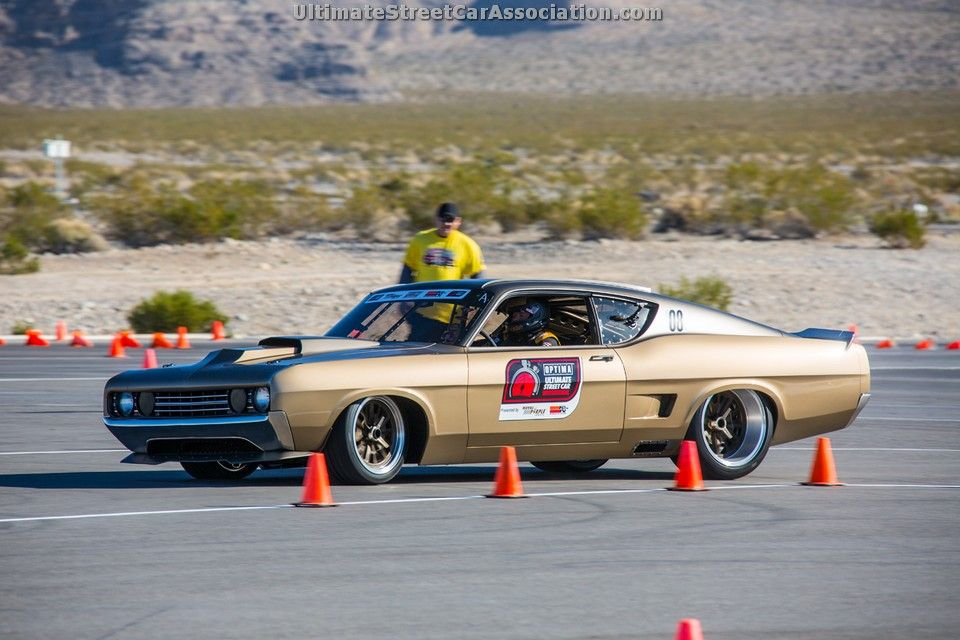 George Poteet's incredible Ford Torino on the track at the 2013 #OUSCI