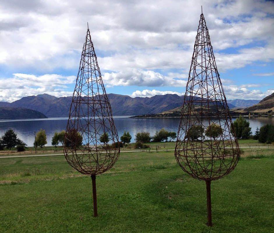 Catalogue wire art sculpture wire art garden art
