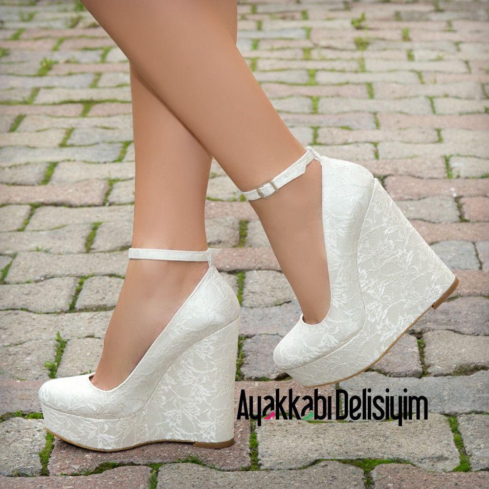 Anji Dantel Krem Rengi Dolgu Topuklu Ayakkabi Topuklular Topuklu Ayakkabilar Yuksek Topuklar