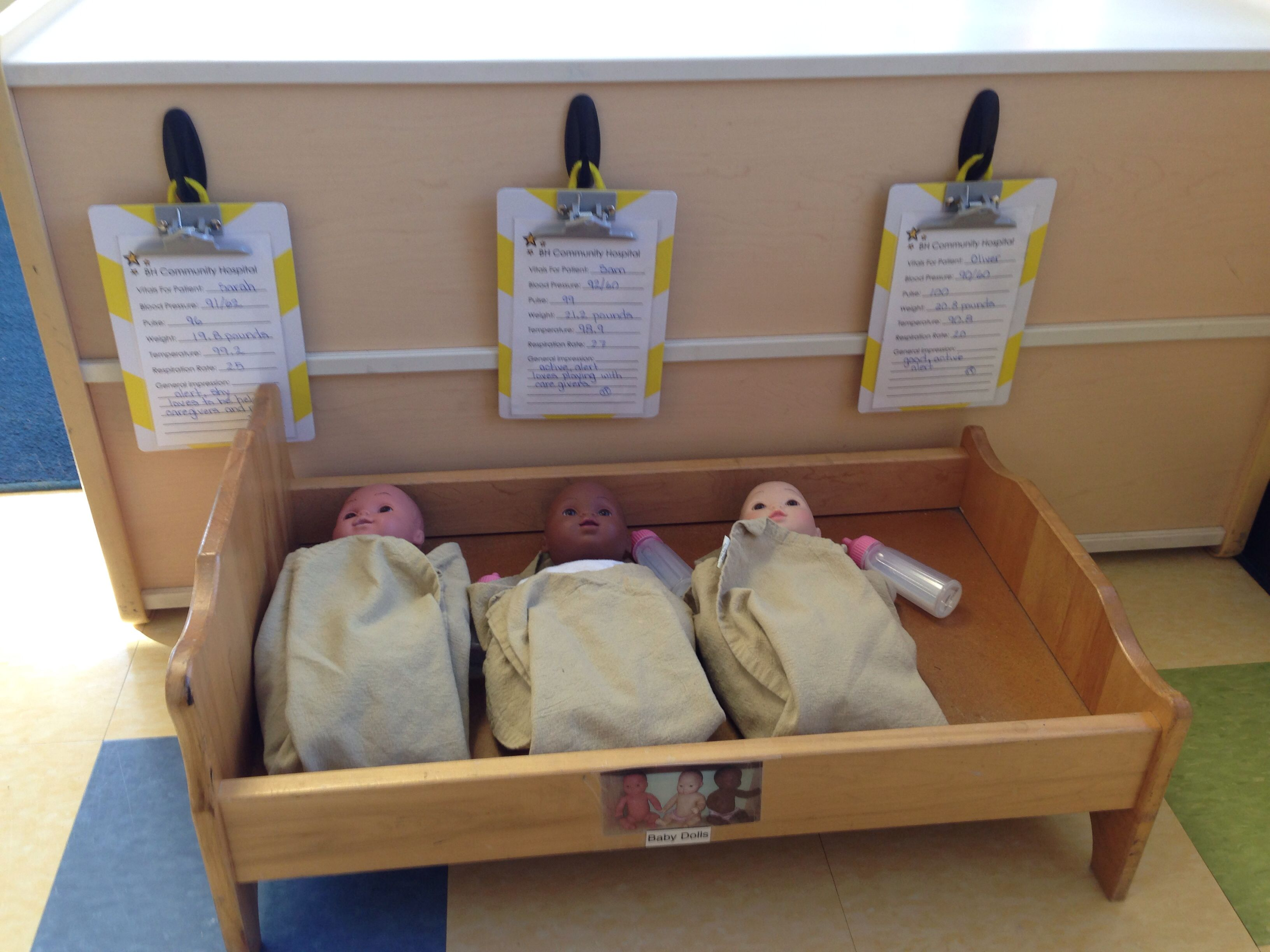 Nurses Station From Our Doctor Office Dramatic Play My Kids Loved Using The Clipboards And The