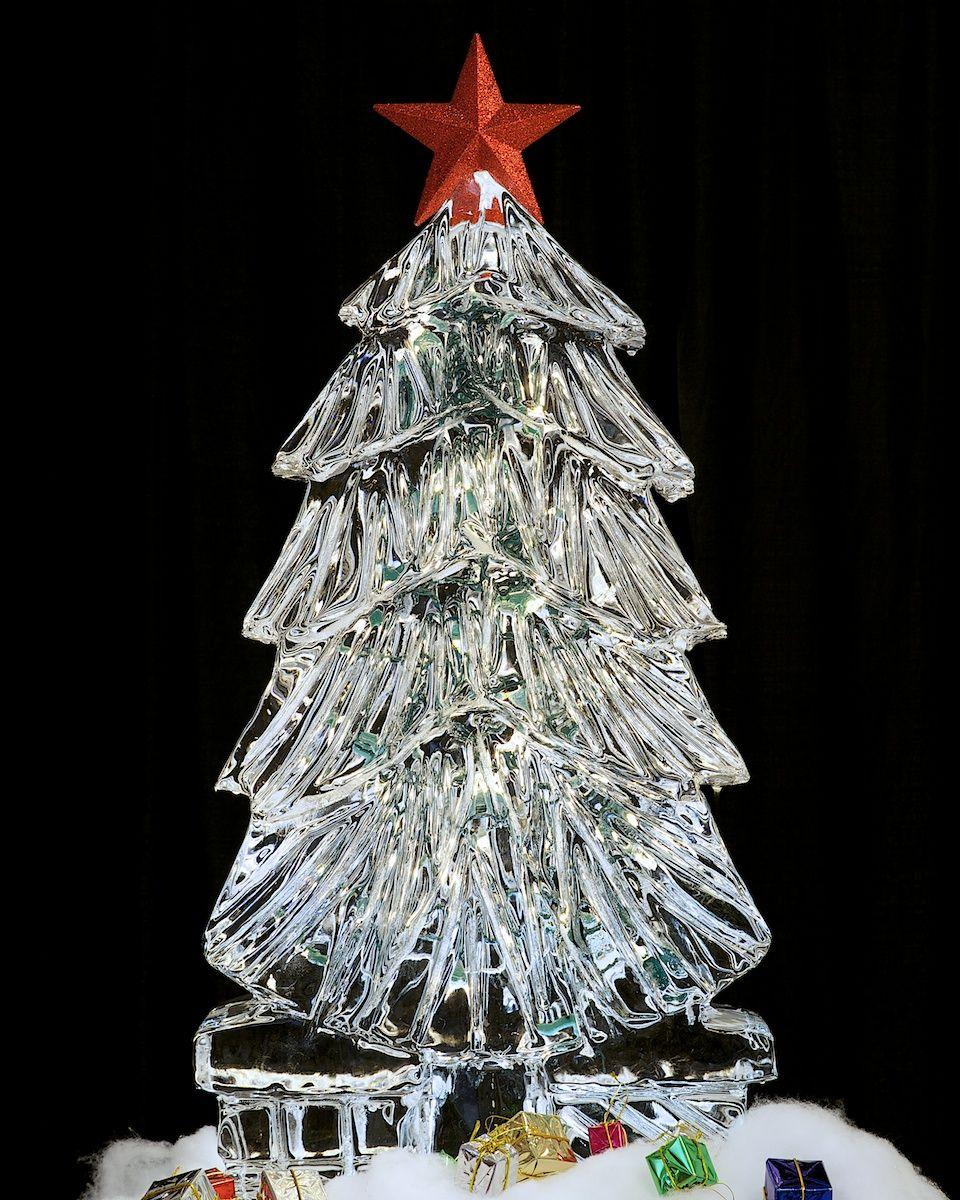 Ice Sculpture Christmas Tree - made by Nadeau's Ice in ...