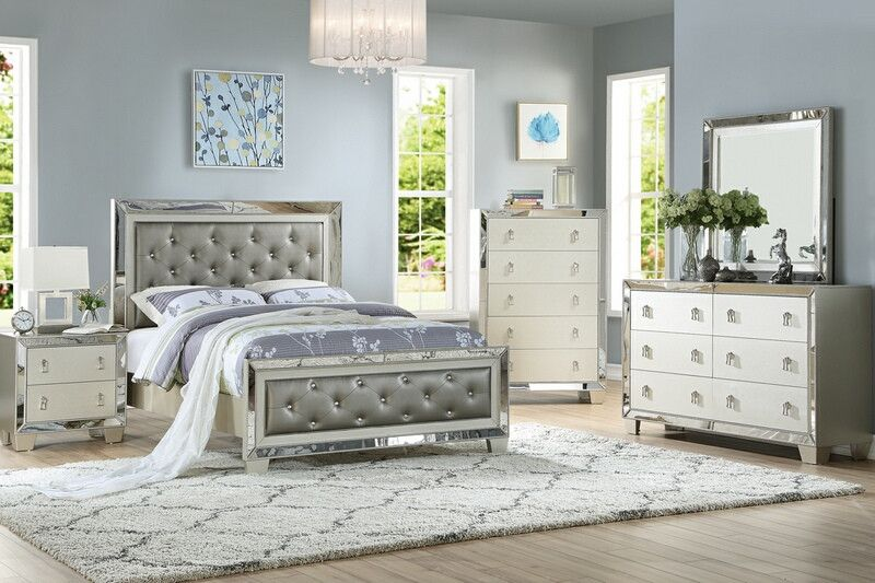 Poundex F9428q 4 Pc Marlinda Ii Silver Finish Wood Faux Leather Queen Bed Set Mirrored Accents Mirrored Bedroom Furniture Bedroom Sets Queen Glam Bedroom Set