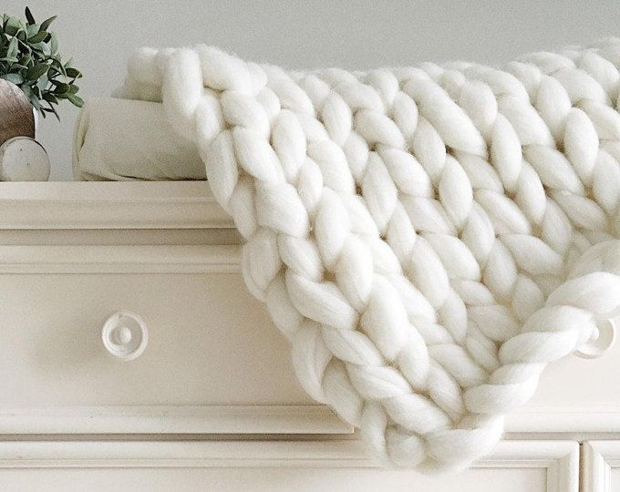 White knit blanket White chunky knit blanket Beautiful wedding gift extreme knit blanket merino wool blanket Chunky knit throw