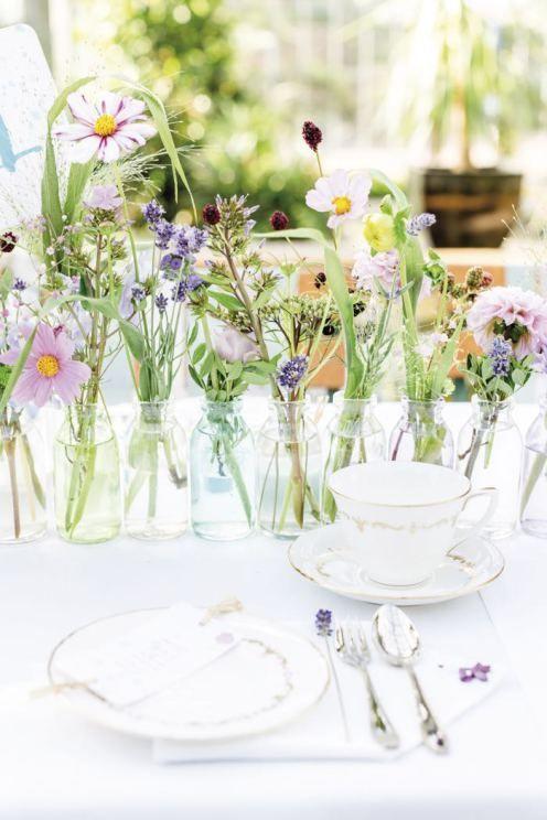 Floral vintage hochzeit tischdeko blumen und sch ner for Tischdekoration hochzeit bilder