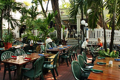 Kellys Restaurant In Key West Fl Owned By Kelly Mcgillis From Top Gun She Rocked It With Her Own Place Love This Too Ariele