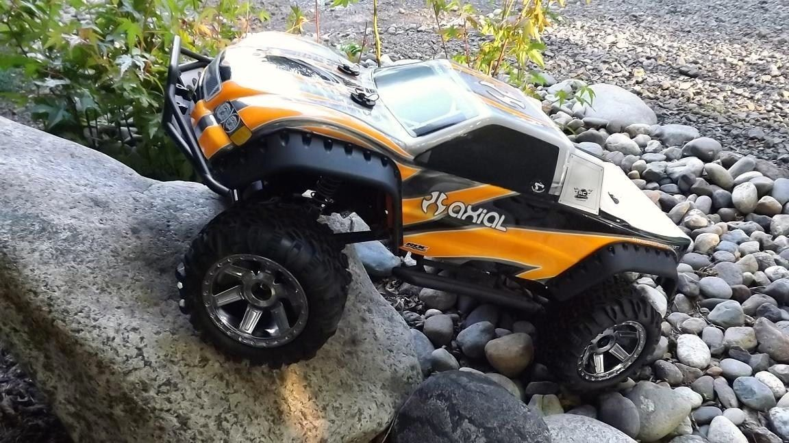 SCX10 Trail Truck Axial RTR Novak Brushless 2 4 GHz RC