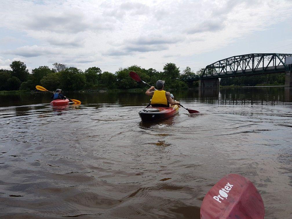 Épinglé par Suzanne Lavictoire sur kayaking my baby