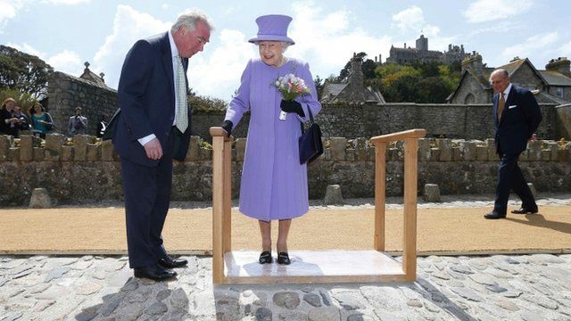 The Queen left impressions of her feet on St Michaels Mount