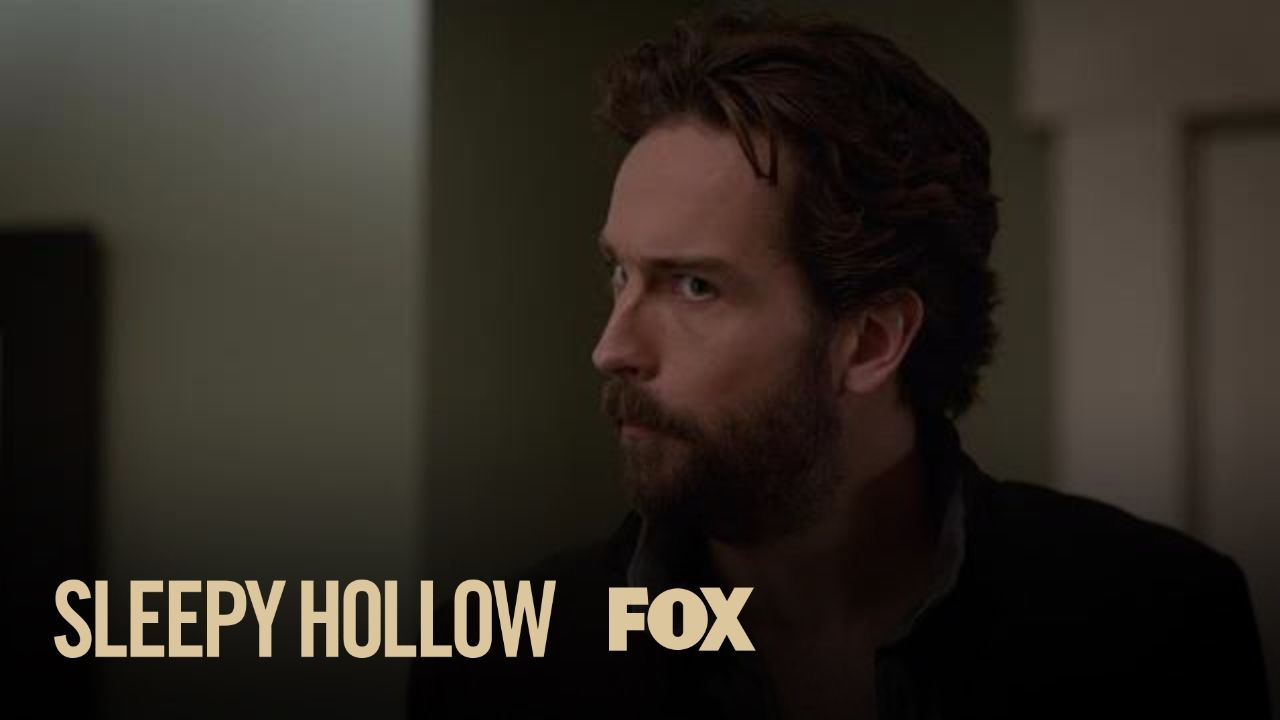 Ichabod Teaches Molly A Thing Or Two About History | Season 4 Ep. 7 | SL...