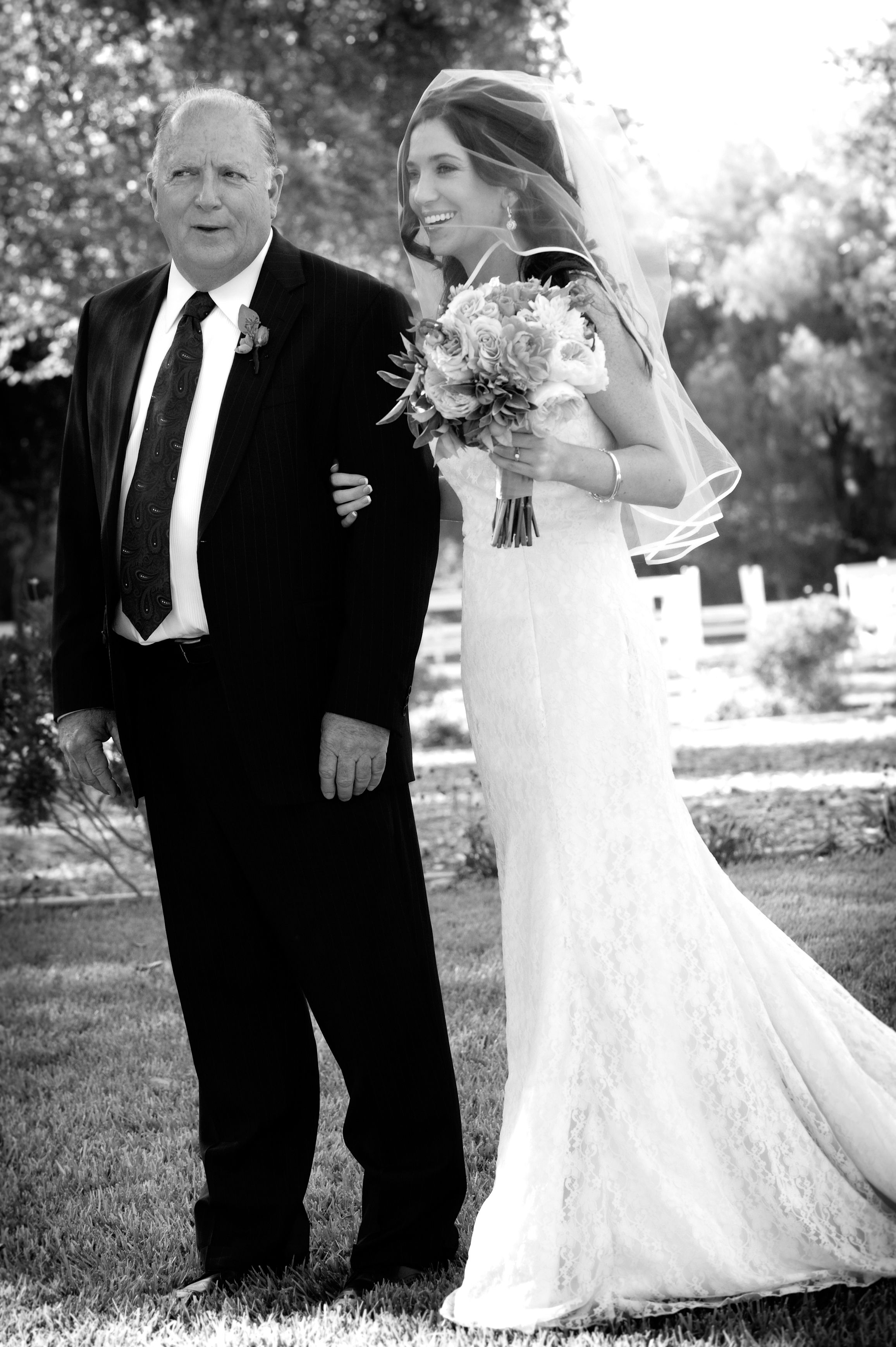 Dad and bride. Cynthia Photography