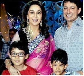 Madhuri Dixit 's journey from Microbiology studies to film 'Dedh Ishqiya'