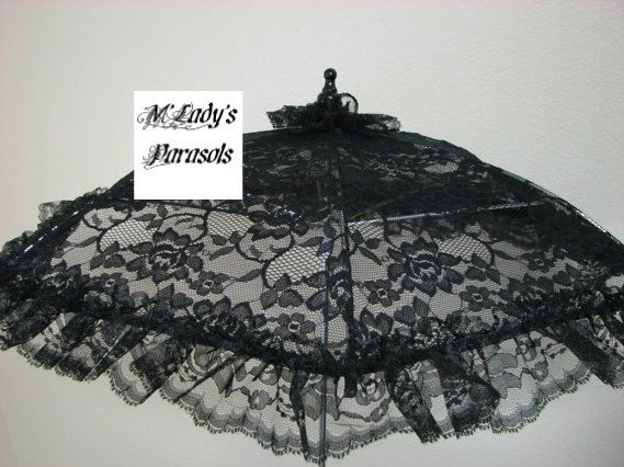VICTORIAN PARASOL Umbrella in Beautiful Black Lace with Black Lace Ruffle on Etsy, ¥4,202.13 #dressesfromthesouthernbelleera
