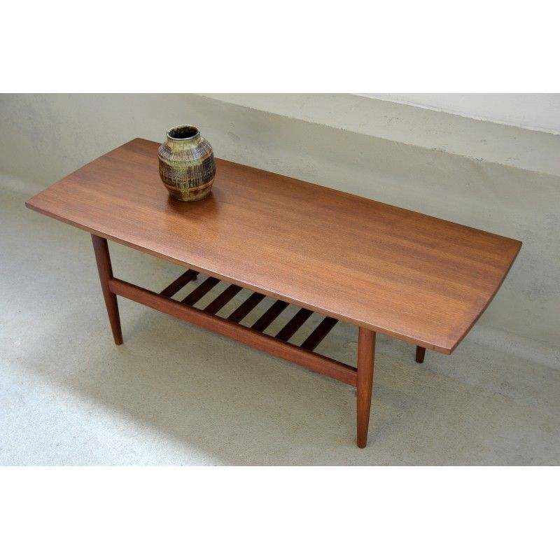 Table Basse Style Scandinave En Teck Editeur O M F Table Basse Style Scandinave Table Basse Table