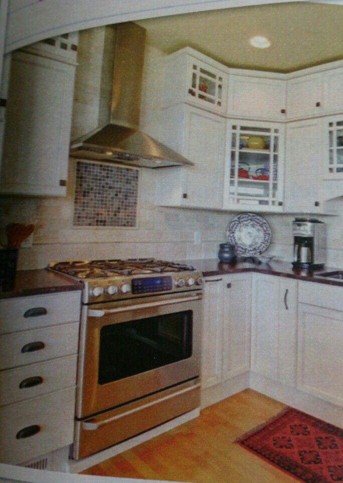 Tile under range hood   Kitchen, Kitchen cabinets, Sweet home