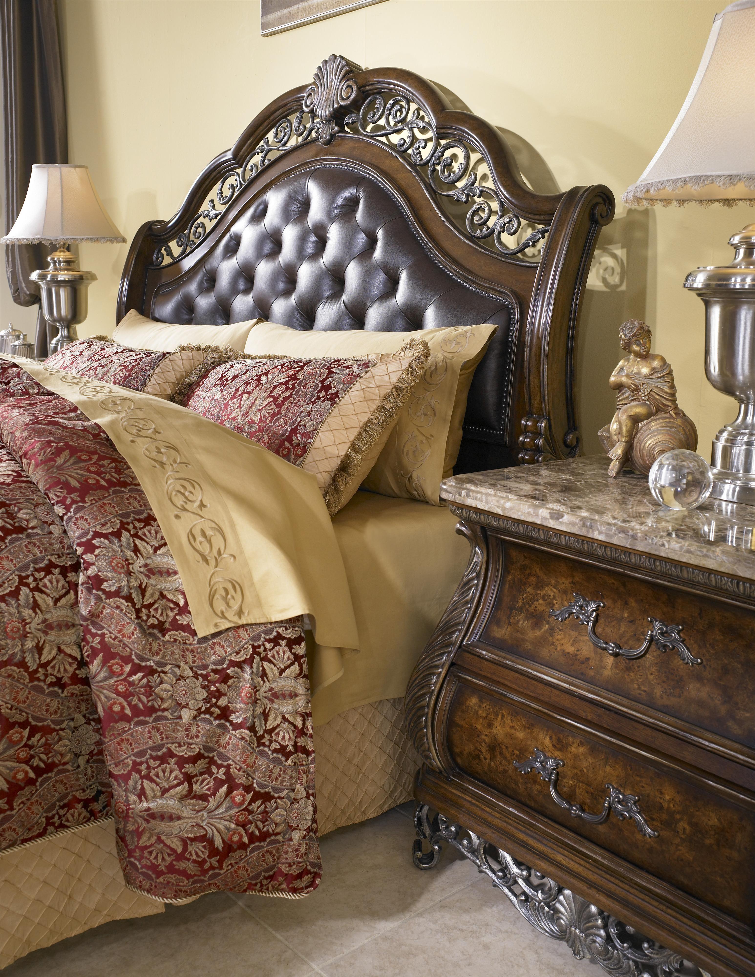 Birkhaven King Sleigh Bed By Pulaski Furniture At Wayside Furniture Furniture Queen Sleigh Bed Tufted Headboard Bed