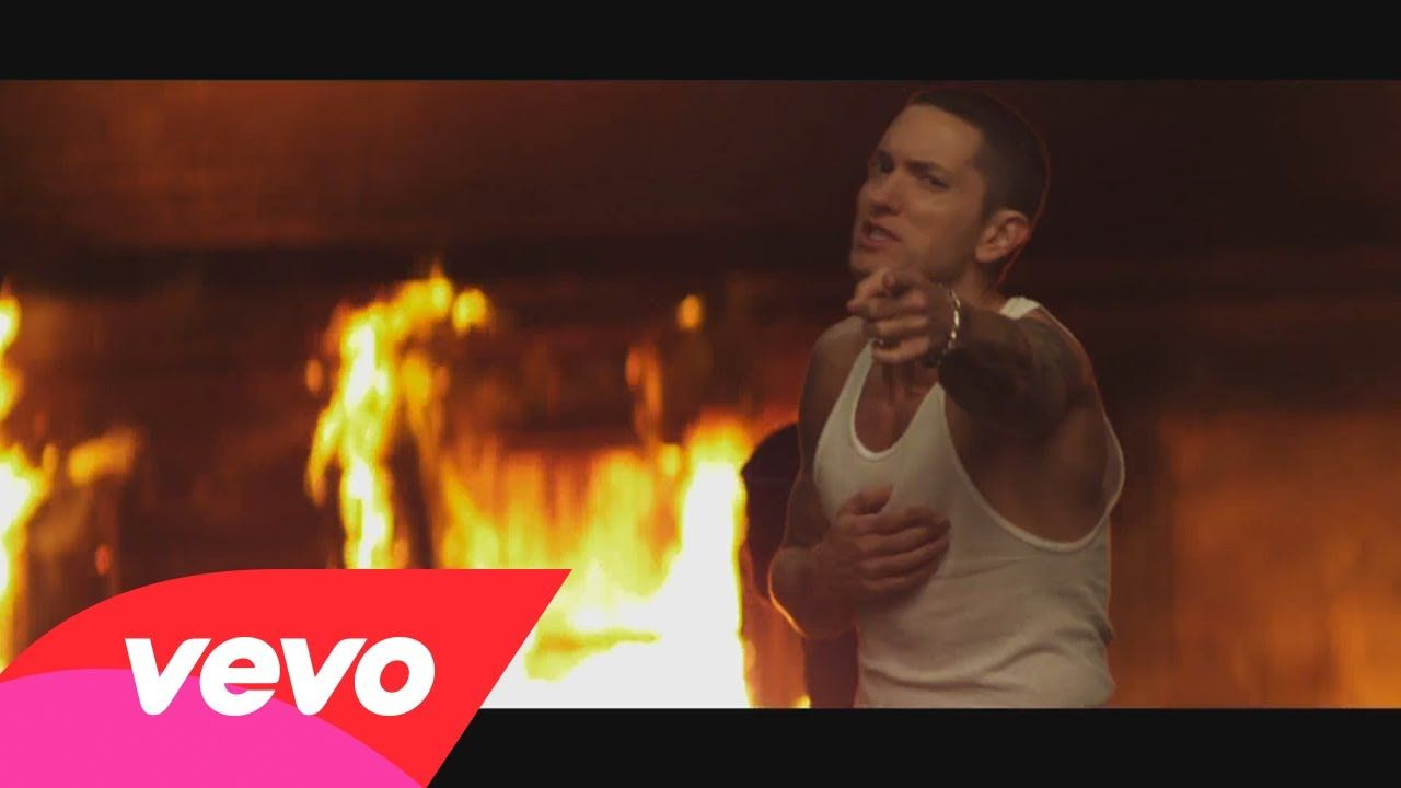 Eminem Love The Way You Lie ft. Rihanna A perfect