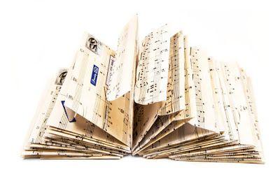 Kirjekuoret vanhoista nuottipapereista http://www.haaraamo.fi