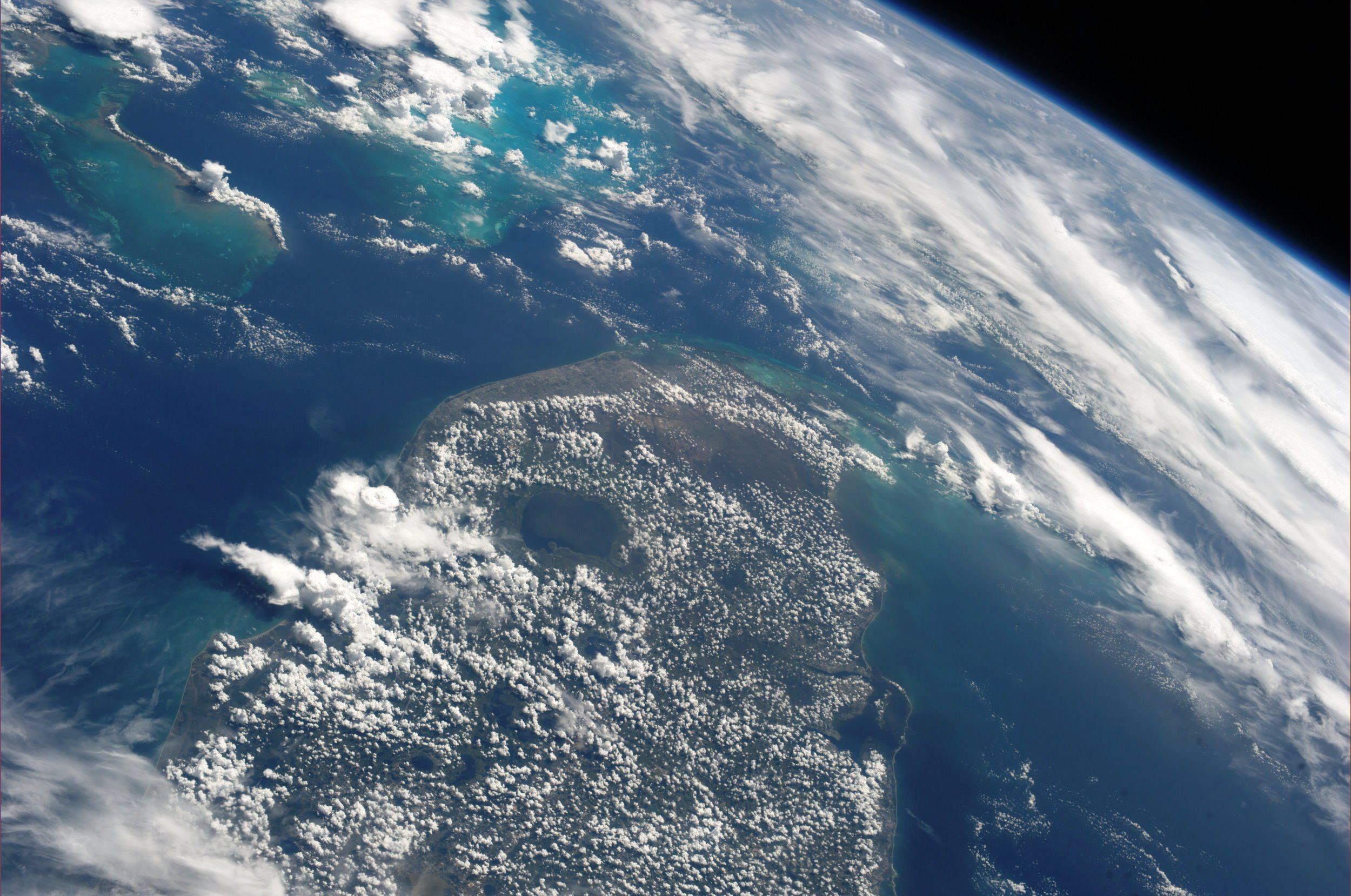 Southern Florida And The Bahamas Taken September 14 2013 Kn From Space With Images Earth From Space Earth View Earth
