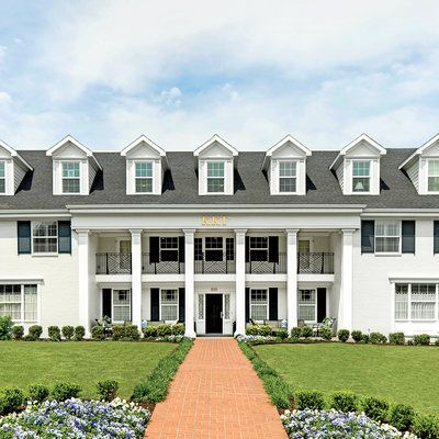 The South S Most Beautiful Sorority Houses Sorority House Rooms