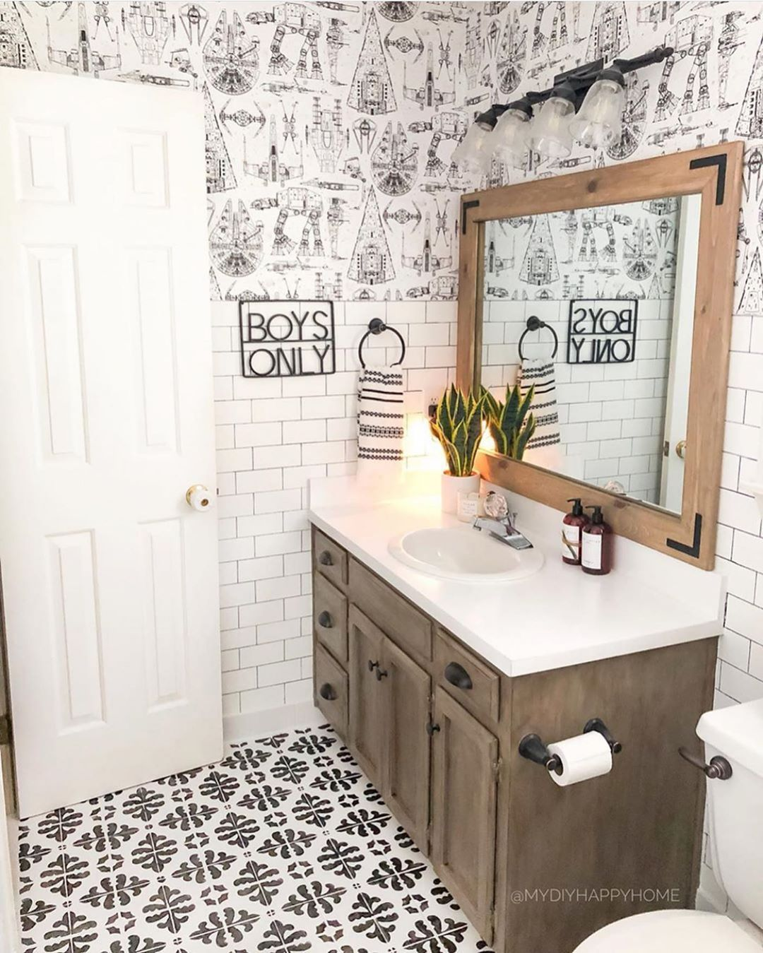 Farmhouse Features On Instagram Happy Thursday Omg This Is The Cutest Kids Bathroom Ever Any Boys Bathroom Bright Kids Bathroom Farmhouse Bathroom Decor