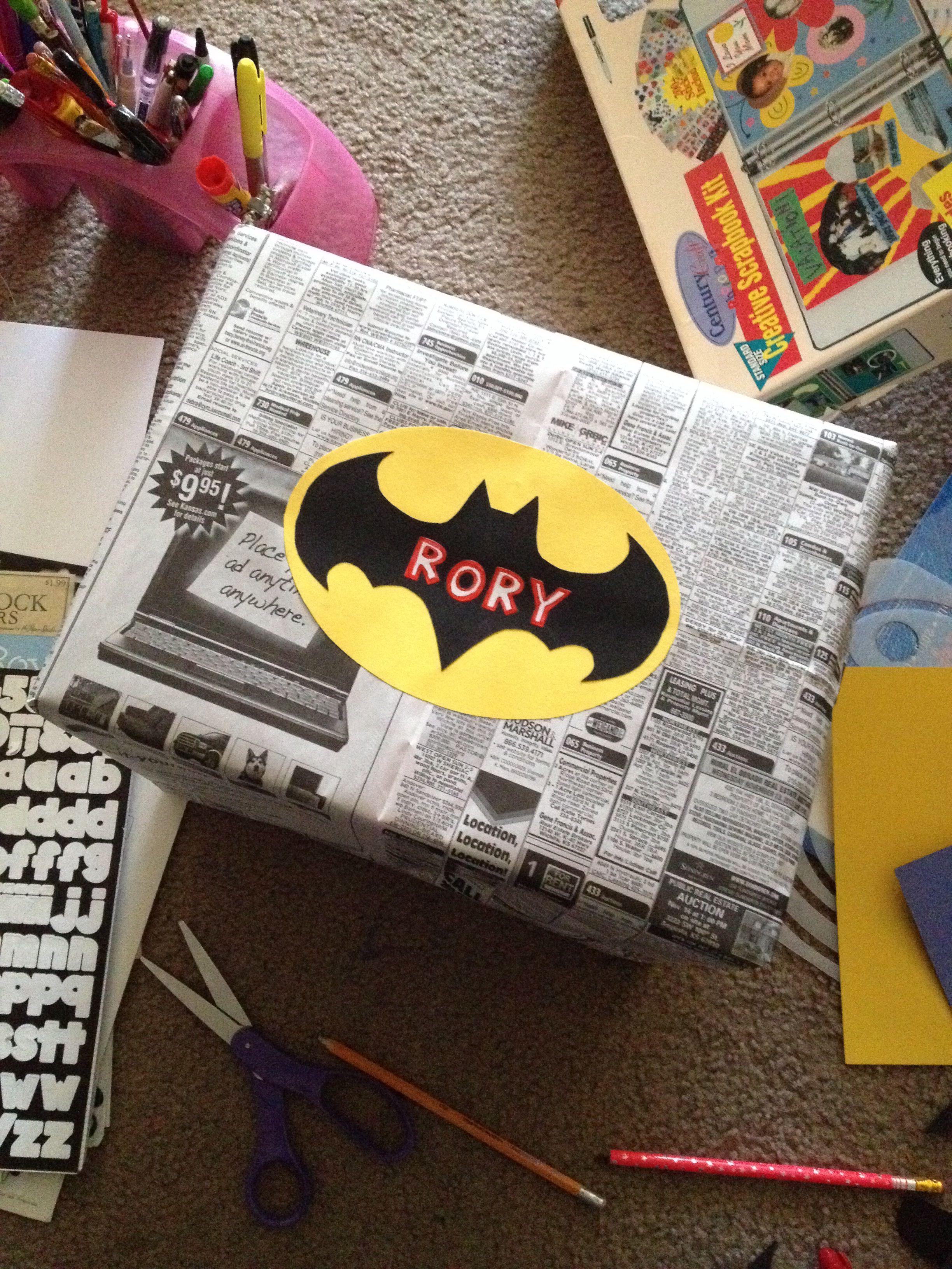 Diy Batman Gift Wrap Batman Gifts Batman Party Favors