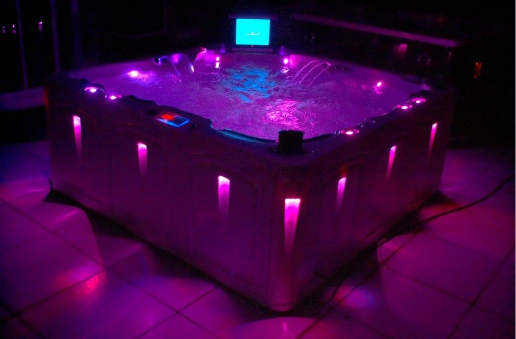 Jacuzzi Hot Tub Prices Best Quality : Luxury Outdoor Portable ...